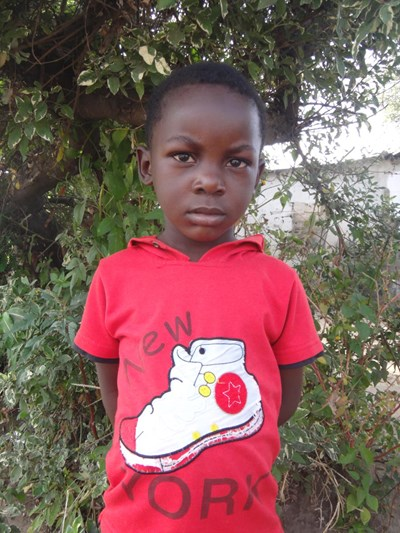 Help Samuel by becoming a child sponsor. Sponsoring a child is a rewarding and heartwarming experience.