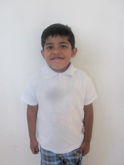 Help Alan Isaías by becoming a child sponsor. Sponsoring a child is a rewarding and heartwarming experience.