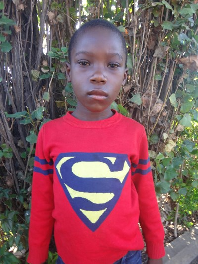 Help Felix Chama by becoming a child sponsor. Sponsoring a child is a rewarding and heartwarming experience.
