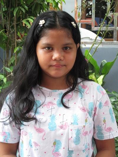 Ayude a Ailon Mhae C. apadrinándole hoy. El apadrinamiento es una experiencia hermosa y gratificante.