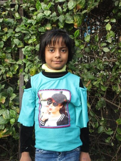 Help Meenakshi by becoming a child sponsor. Sponsoring a child is a rewarding and heartwarming experience.