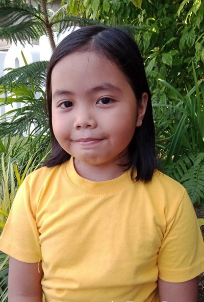 Help Margareth Faye B. by becoming a child sponsor. Sponsoring a child is a rewarding and heartwarming experience.