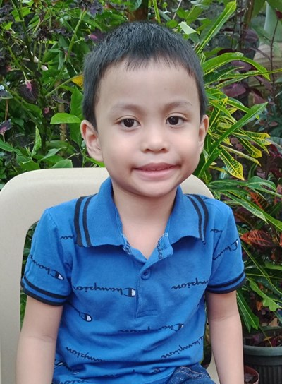 Help Louis Xavier V. by becoming a child sponsor. Sponsoring a child is a rewarding and heartwarming experience.