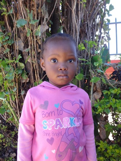 Help Tilo Hope by becoming a child sponsor. Sponsoring a child is a rewarding and heartwarming experience.