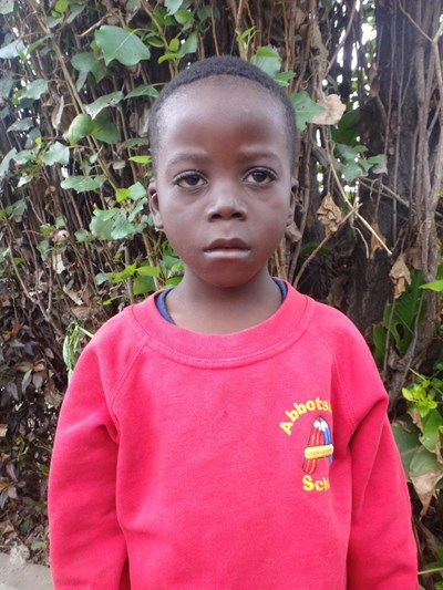 Help Leonard by becoming a child sponsor. Sponsoring a child is a rewarding and heartwarming experience.