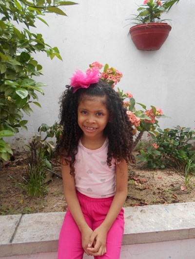 Help Milagros Jenell by becoming a child sponsor. Sponsoring a child is a rewarding and heartwarming experience.
