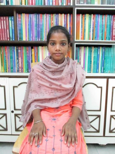 Help Rozy by becoming a child sponsor. Sponsoring a child is a rewarding and heartwarming experience.