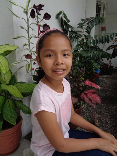 Help Amy Anahi by becoming a child sponsor. Sponsoring a child is a rewarding and heartwarming experience.