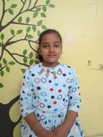 Help Aafia by becoming a child sponsor. Sponsoring a child is a rewarding and heartwarming experience.