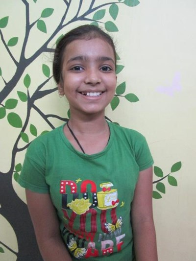 Help Diya by becoming a child sponsor. Sponsoring a child is a rewarding and heartwarming experience.