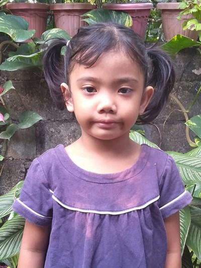 Help Rowena P. by becoming a child sponsor. Sponsoring a child is a rewarding and heartwarming experience.