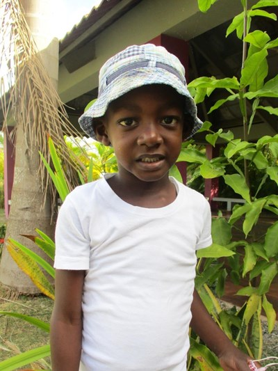 Help Riquelvi Alfredo by becoming a child sponsor. Sponsoring a child is a rewarding and heartwarming experience.