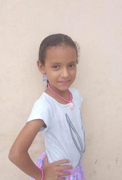 Ayude a Sheilin Paola apadrinándole hoy. El apadrinamiento es una experiencia hermosa y gratificante.