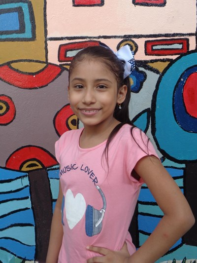 Help Adamaris Anahi by becoming a child sponsor. Sponsoring a child is a rewarding and heartwarming experience.