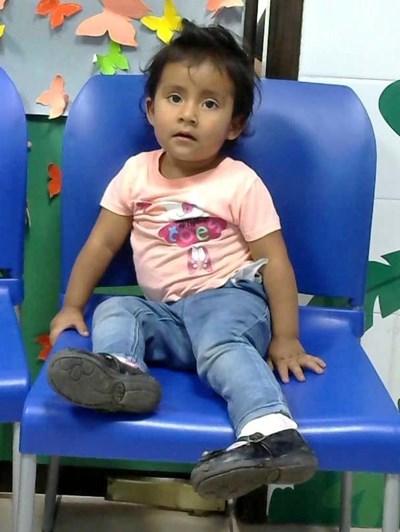 Ayude a Jessica Gabriela apadrinándole hoy. El apadrinamiento es una experiencia hermosa y gratificante.