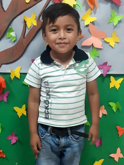 Help Marvin Danilo by becoming a child sponsor. Sponsoring a child is a rewarding and heartwarming experience.