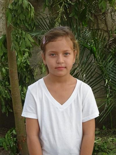 Ayude a Nohelia Abigail apadrinándole hoy. El apadrinamiento es una experiencia hermosa y gratificante.