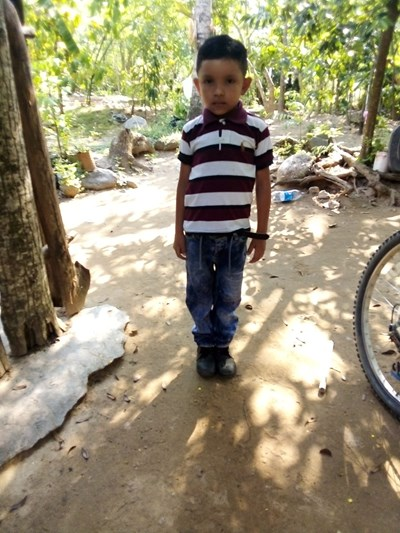 Help Cristhofer David by becoming a child sponsor. Sponsoring a child is a rewarding and heartwarming experience.