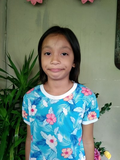 Help Stephanie S. by becoming a child sponsor. Sponsoring a child is a rewarding and heartwarming experience.
