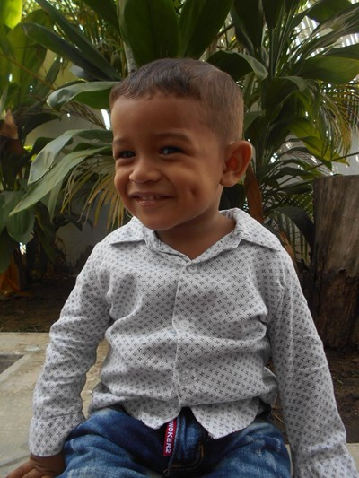 Help Lionard David by becoming a child sponsor. Sponsoring a child is a rewarding and heartwarming experience.