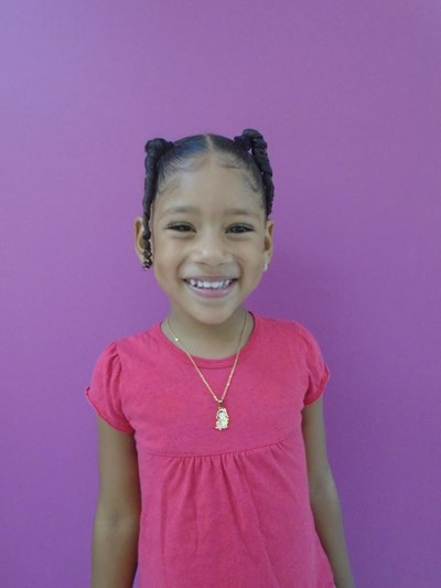 Help Winifer by becoming a child sponsor. Sponsoring a child is a rewarding and heartwarming experience.