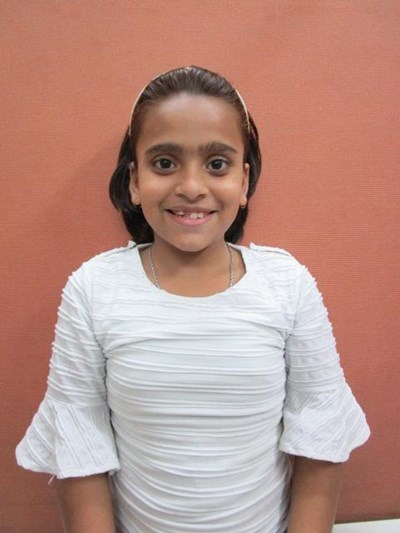 Help Rashi by becoming a child sponsor. Sponsoring a child is a rewarding and heartwarming experience.