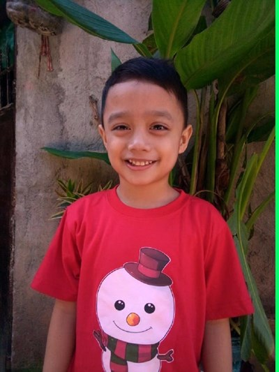 Help Grei B. by becoming a child sponsor. Sponsoring a child is a rewarding and heartwarming experience.