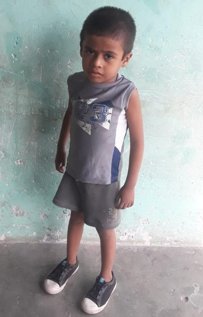 Help Alexis Eduardo by becoming a child sponsor. Sponsoring a child is a rewarding and heartwarming experience.
