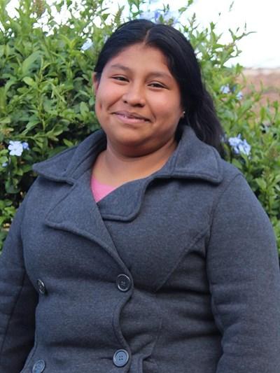 Ayude a Agustina Maria Belen apadrinándole hoy. El apadrinamiento es una experiencia hermosa y gratificante.