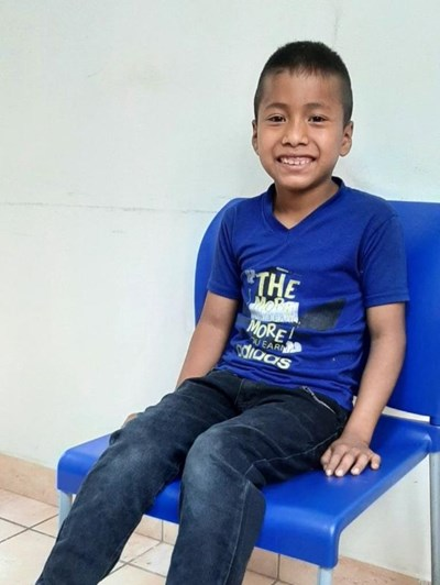 Help Alex Omar by becoming a child sponsor. Sponsoring a child is a rewarding and heartwarming experience.