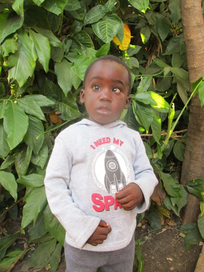 Help Sean by becoming a child sponsor. Sponsoring a child is a rewarding and heartwarming experience.