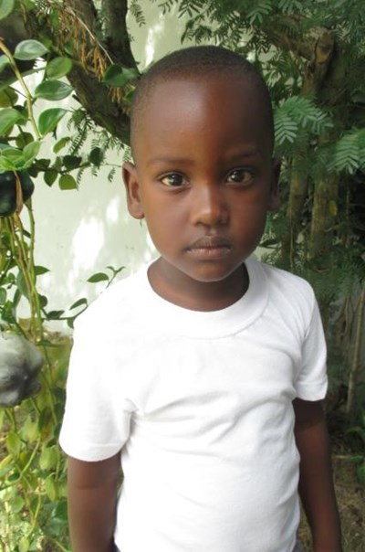 Help Alberth Rafael by becoming a child sponsor. Sponsoring a child is a rewarding and heartwarming experience.
