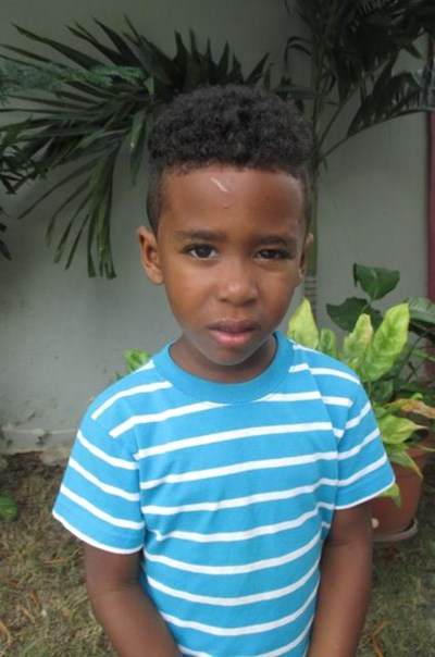 Help Jeremy by becoming a child sponsor. Sponsoring a child is a rewarding and heartwarming experience.