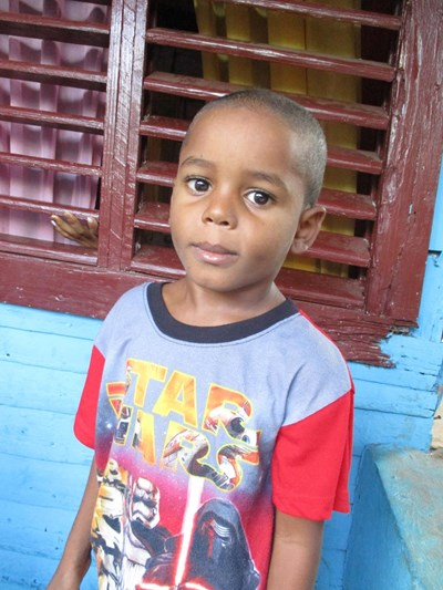 Help Brayan Yancarlos by becoming a child sponsor. Sponsoring a child is a rewarding and heartwarming experience.