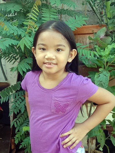 Help Faith Chaicka B. by becoming a child sponsor. Sponsoring a child is a rewarding and heartwarming experience.