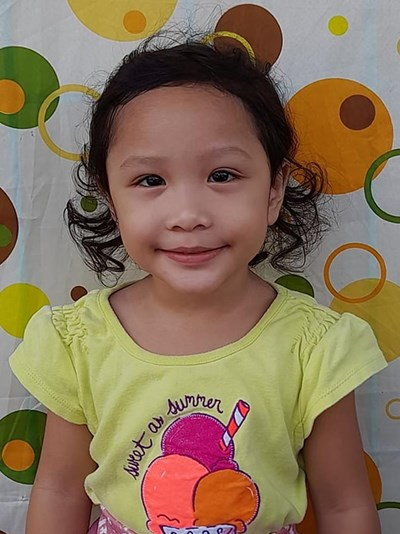 Help Lea Marie by becoming a child sponsor. Sponsoring a child is a rewarding and heartwarming experience.