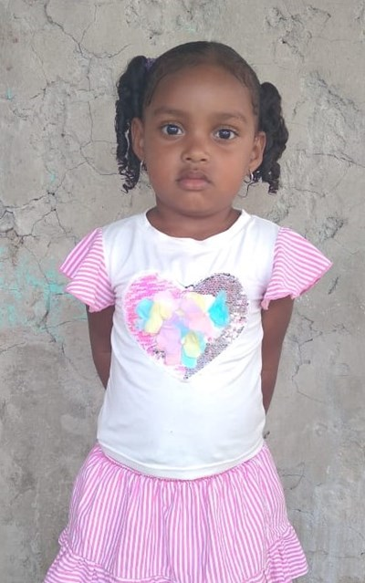 Help Milagro Sofia by becoming a child sponsor. Sponsoring a child is a rewarding and heartwarming experience.
