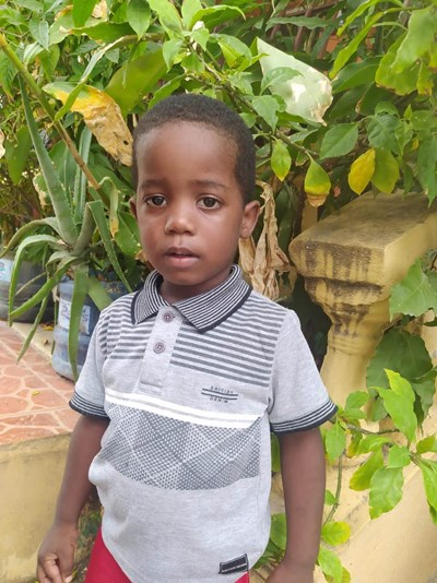 Help Anthony Alexander by becoming a child sponsor. Sponsoring a child is a rewarding and heartwarming experience.