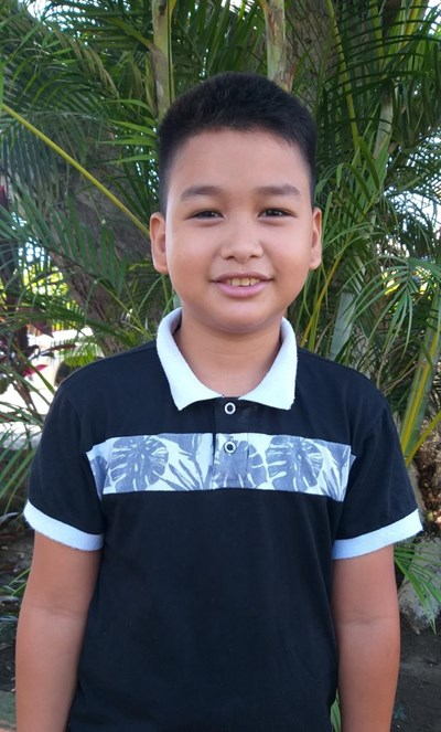 Help Andy Jafeth by becoming a child sponsor. Sponsoring a child is a rewarding and heartwarming experience.