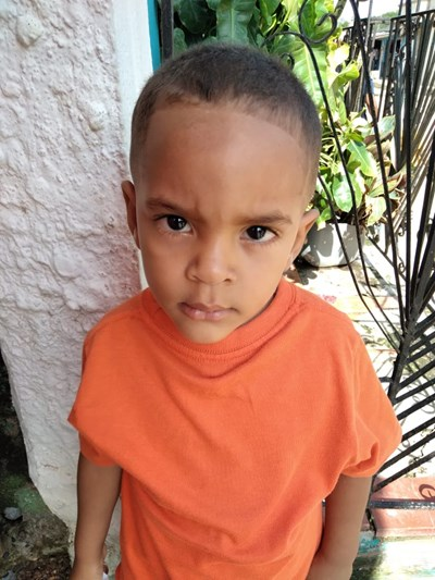 Help Yosimar by becoming a child sponsor. Sponsoring a child is a rewarding and heartwarming experience.