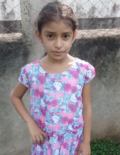 Help Lixci Yired by becoming a child sponsor. Sponsoring a child is a rewarding and heartwarming experience.