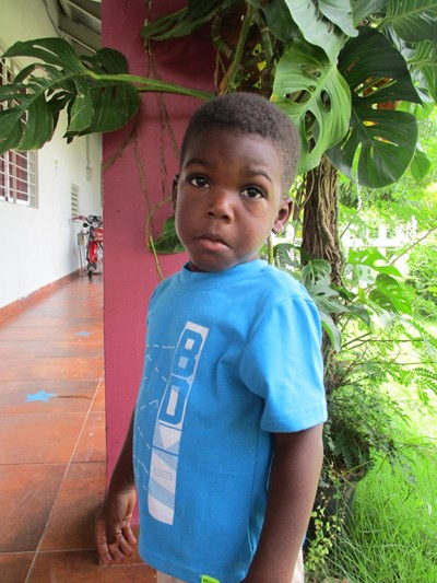 Help Adriel by becoming a child sponsor. Sponsoring a child is a rewarding and heartwarming experience.