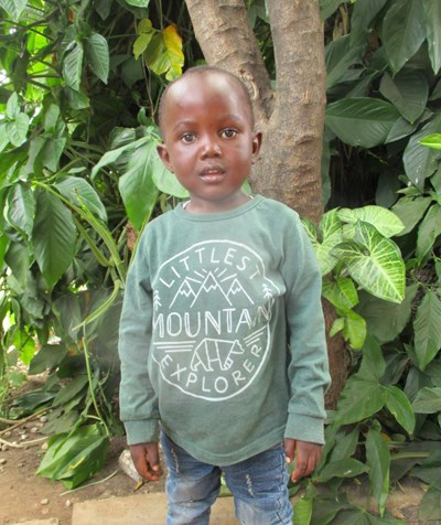Help Moses by becoming a child sponsor. Sponsoring a child is a rewarding and heartwarming experience.