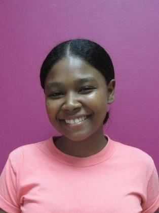 Ayude a Nahomi Isabel apadrinándole hoy. El apadrinamiento es una experiencia hermosa y gratificante.