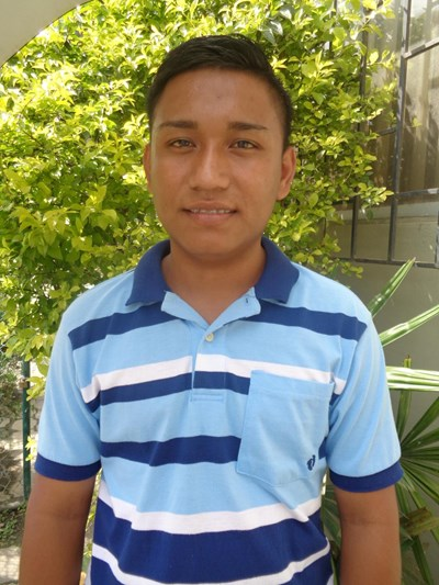 Help Jefferson Rubén by becoming a child sponsor. Sponsoring a child is a rewarding and heartwarming experience.
