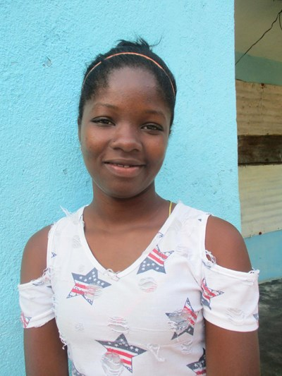 Help Rulania María by becoming a child sponsor. Sponsoring a child is a rewarding and heartwarming experience.
