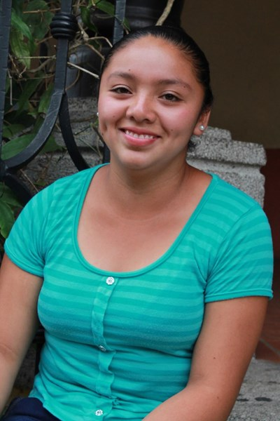 Help Angelica Rosmery by becoming a child sponsor. Sponsoring a child is a rewarding and heartwarming experience.